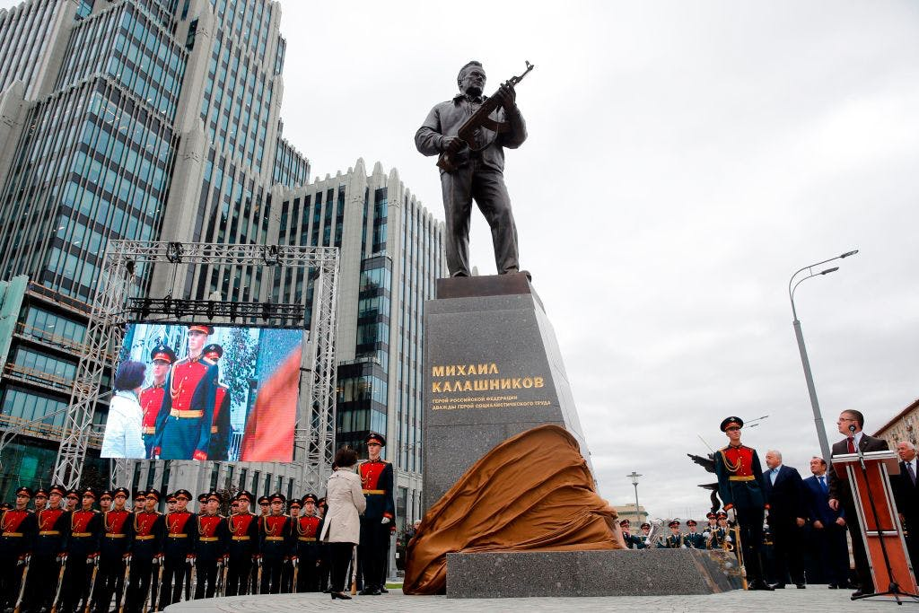 Trigger warning: not all Muscovites are crazy about Kalashnikov