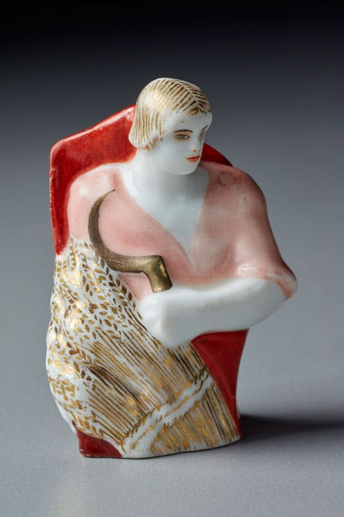 Pawn from the chess set 'Reds and Whites' (1922–25), Natalia Dan'ko. Photo: Aigars Altenbergs
