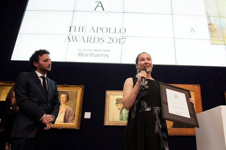 Apollo Awards 2017: Anna Lowe of Smartify collects the award for Digital Innovation of the Year. Photo © Anne Schwarz