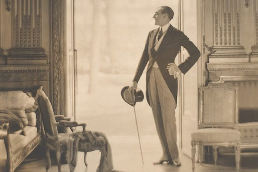 Etienne de Beaumont (detail; ca. 1923), Adolf de Meyer. Courtesy The Metropolitan Museum of Art
