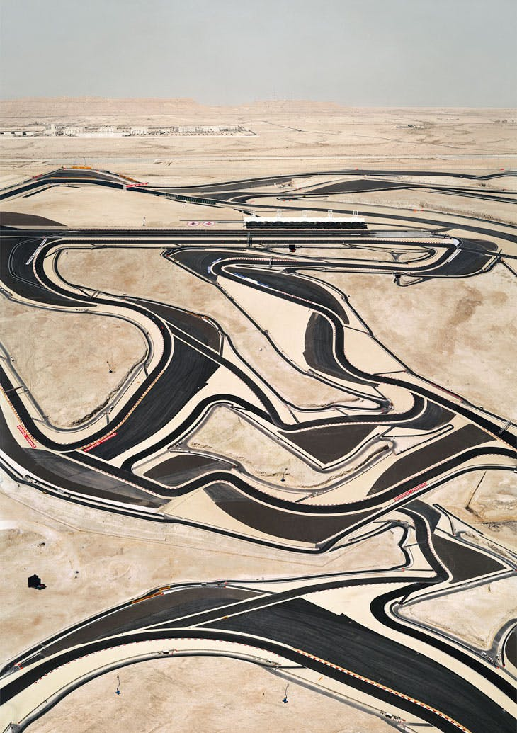 Bahrain I (2005), Andreas Gursky. © Andreas Gursky/DACS, 2017. Courtesy: Sprüth Magers