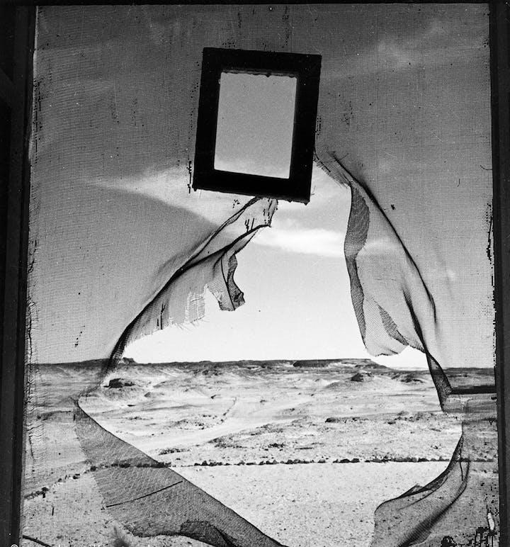 Portrait of Space, Al Bulwayeb, near Siwa, Egypt 1937 (published in 1940), Lee Miller. © Lee Miller Archives, England 2017