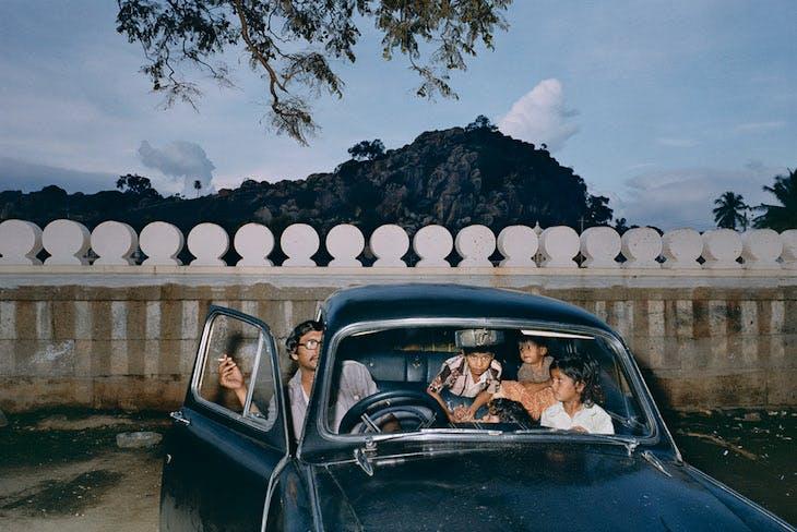 Shravanabelagola, Karnataka, India 1981 (1981), Mitch Epstein.