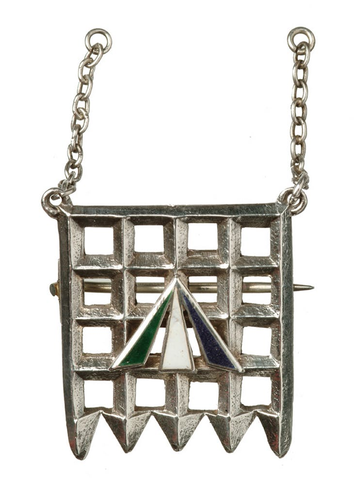 The Holloway brooch designed by Sylvia Pankhurst (1909)