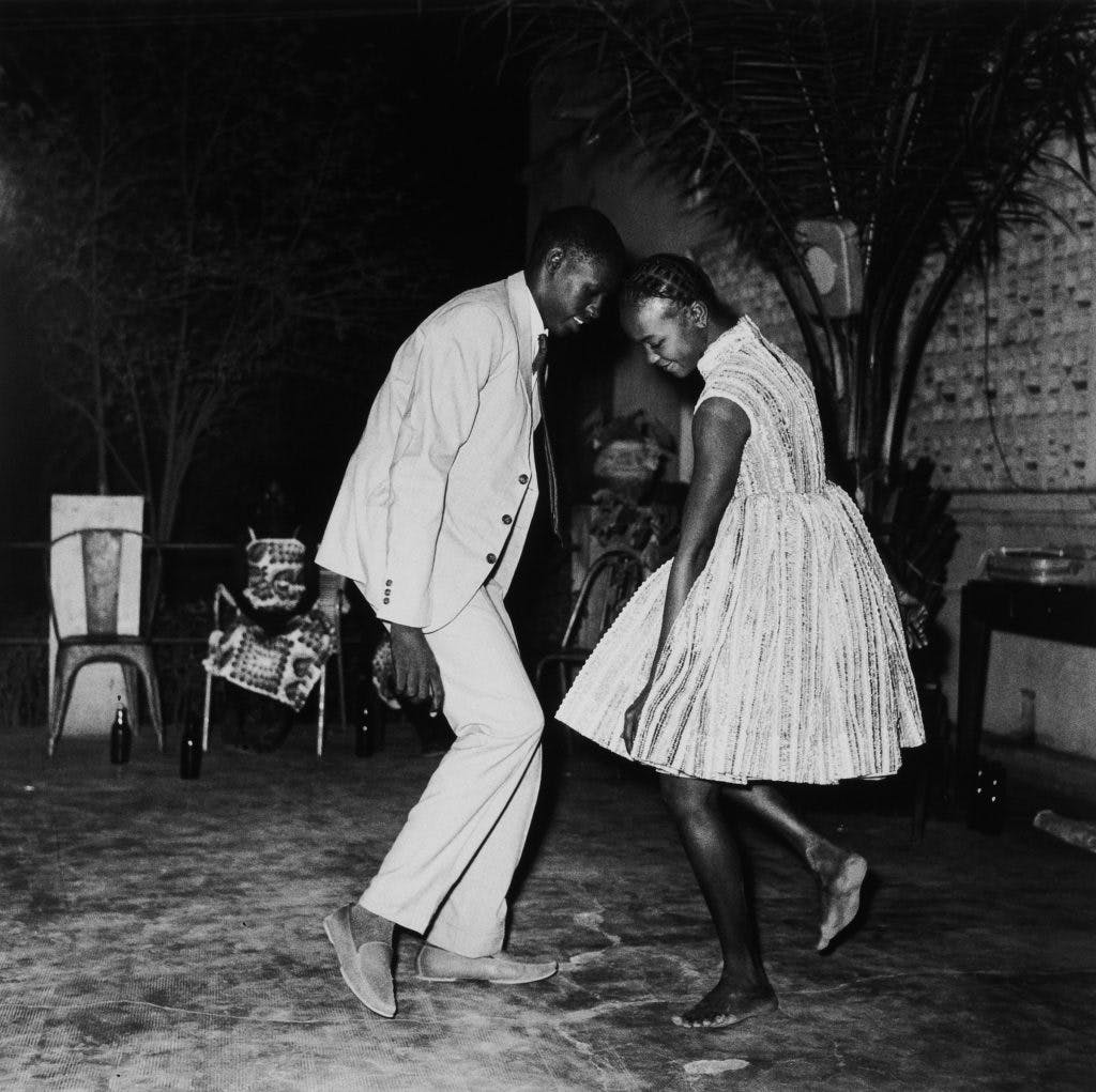 Nuit de Noel (Happy Club), (1963/2008), Malick Sidibé.