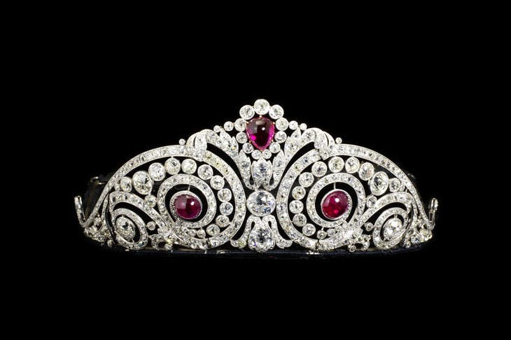 Diamond and synthetic ruby tiara (1913), Henri Lavabre for Cartier. Victoria and Albert Museum, London