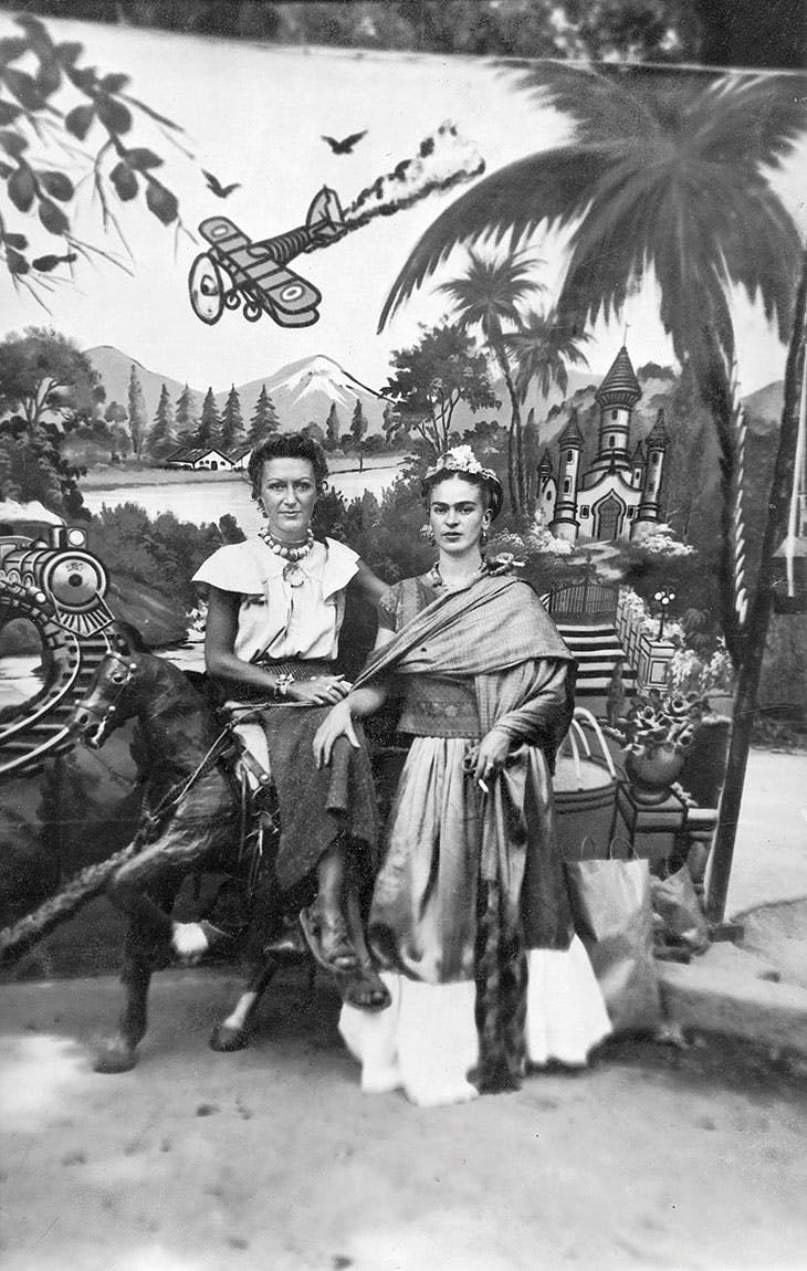 Jacqueline Lamba and Frida Kahlo in Pátzcuaro,