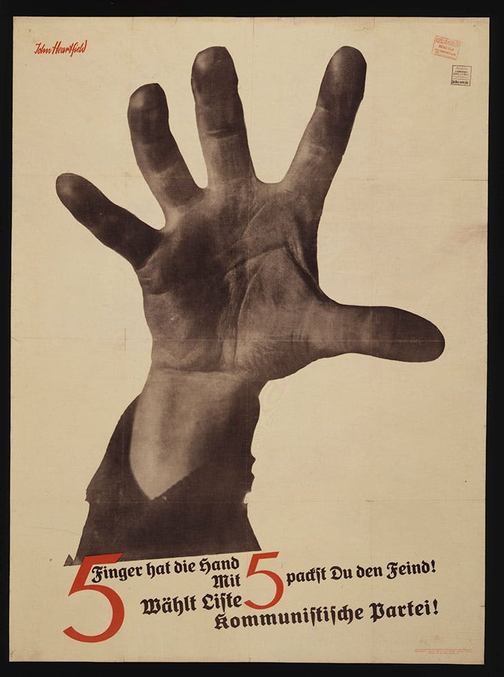 5 Fingers Has The Hand, John Heartfield