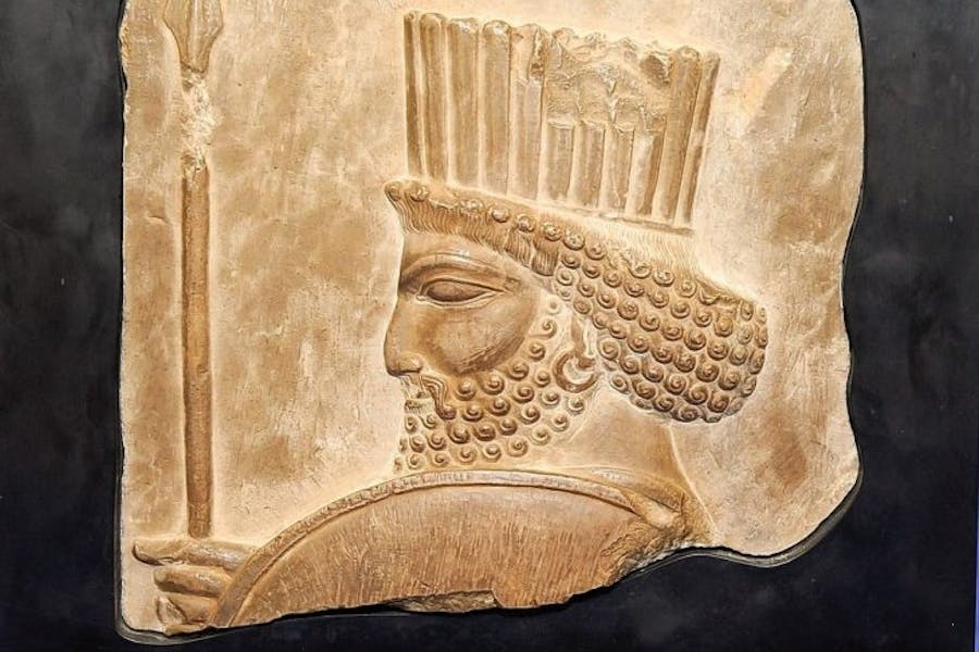 Relief of a Persian soldier (5th century B.C), Photo: © Office of the New York district attorney