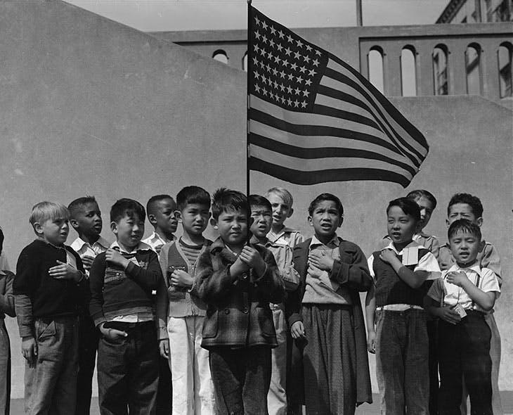 San Francisco, California. Flag of allegiance pledge (1942), Dorothea Lange.