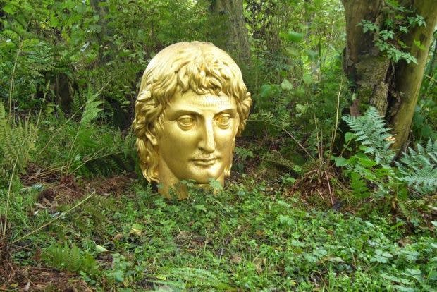 'Apollon Terroriste' by Ian Hamilton Finlay at Little Sparta, photo: flickr/yellow book ltd