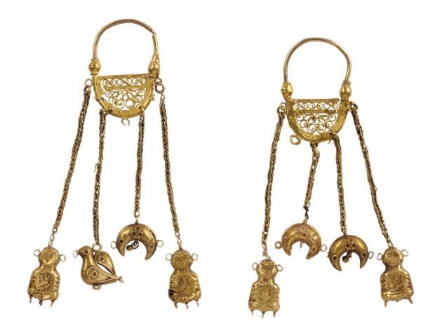 Crescent-shaped earrings, 11th century, found at Aygestan, outside Dvin, Armenia. History Museum of Armenia, Yerevan