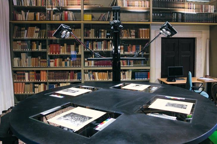The Replica scanner developed by Factum Arte, currently digitising the photographic library of the Fondazione Giorgio Cini in Venice. Photo: Matteo De Fina; courtesy Fondazione Giorgio Cini