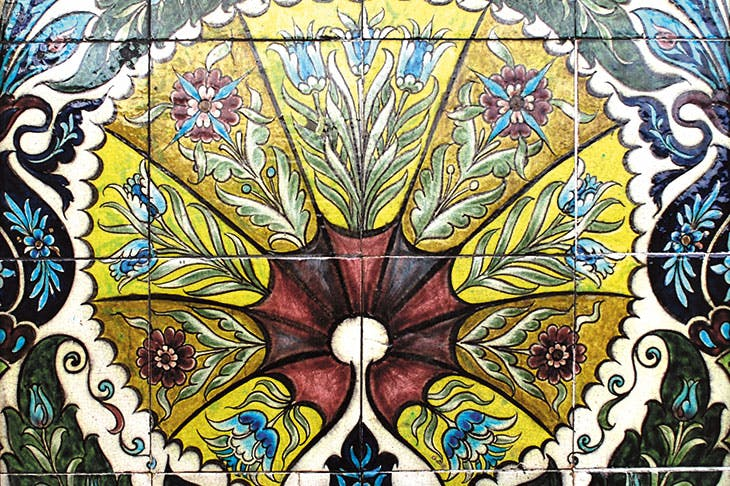 Fan tile panel (detail; 1872–1904), William De Morgan.