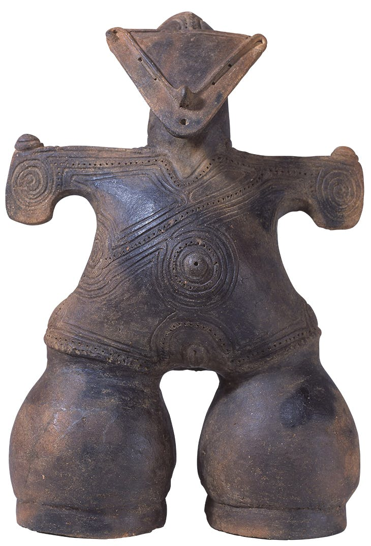 Dogu, known as 'Masked Goddess', Late Jomon period (2,000–1,000 BC), Nakappara site, Chino-shi, Nagana. Chino City Togariishi Museum of Jomon Archaeology.