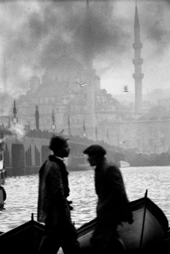 Galata Bridge, Istanbul, 1956, Ara Güler. Courtesy Ara Güler Museum