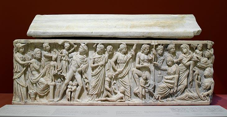 Cuve de sarcophage dite de Prométhée, remployée, attribuée au tombeau d'Hilaire (c. 240 BC), Musée du Louvre