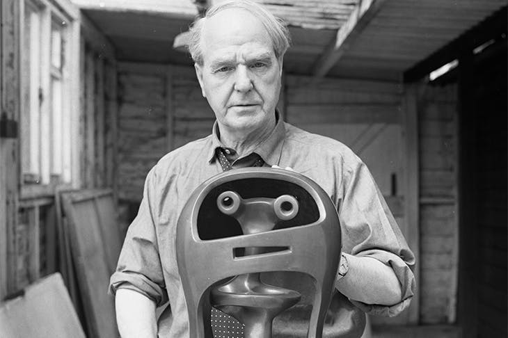 Portrait of Henry Moore with Helmet Head No. 2 (1950) in 1967.