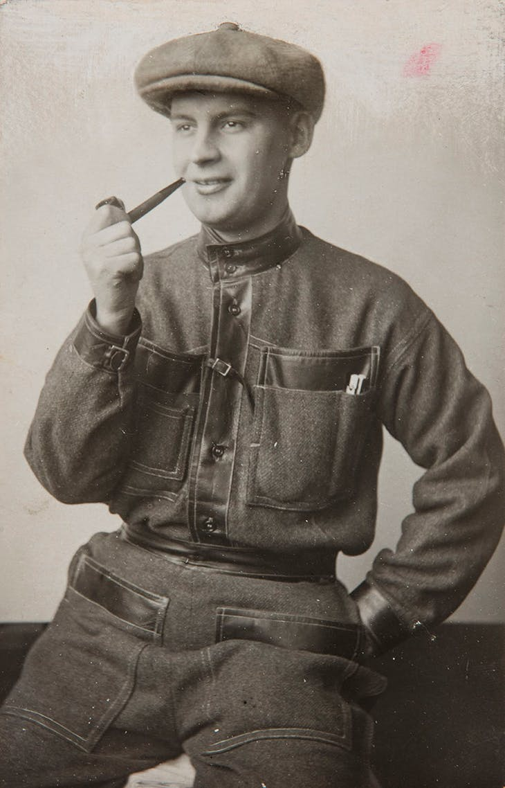 Photograph of Alexander Rodchenko in a Productivist costume made by his wife Varvara Stepanova (1923), Mikhaïl Kaufman.