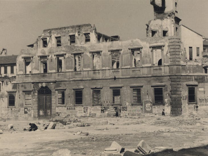 The Palazzo Archinto in 1948, after bombing in August 1943