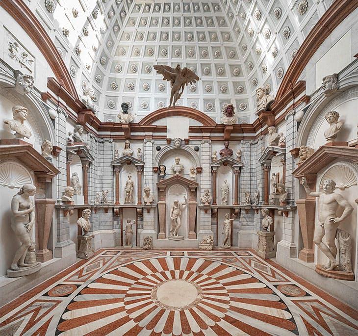 Installation view of 'DOMUS GRIMANI 1594–2019' in the Sala della Tribuna in Palazzo Grimani, Venice, 2019.