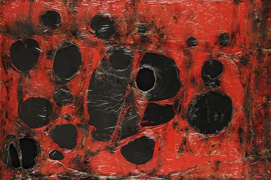 Rosso Plastica M3 (1961), Alberto Burri. © Fondazione Palazzo Albizzini Collezione Burri, Città di Castello