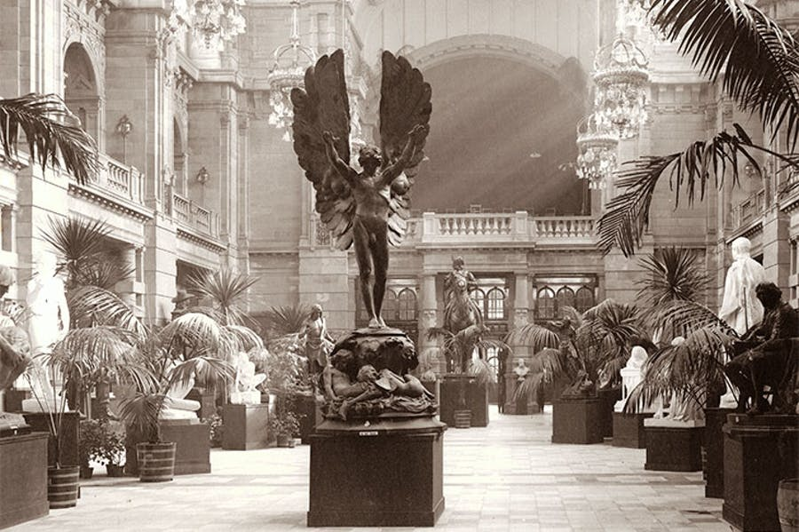 The central sculpture hall of the Glasgow (now Kelvingrove) Art Gallery and Museum, newly opened for the Glasgow International Exhibition of 1901.