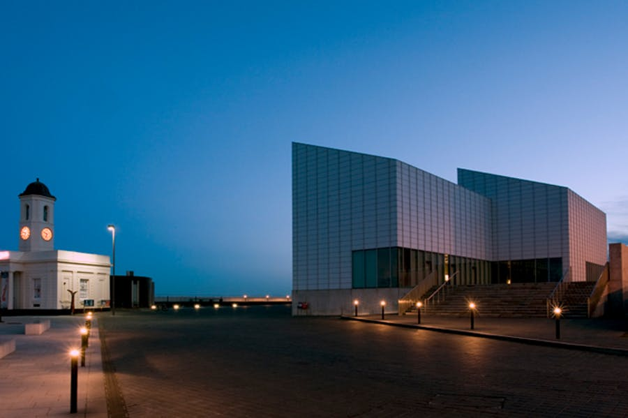 Turner Contemporary, Margate, photo: Carlos Dominquez
