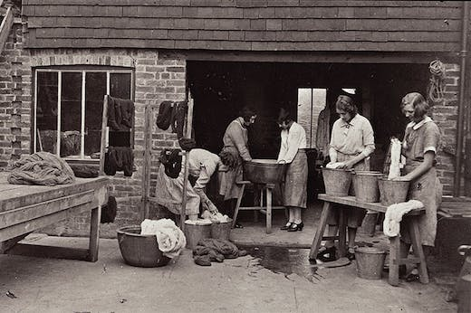 Ethel Mairet's workgirls and apprentices at her 'Gospels' workshop, Ditchling, in the 1930s.