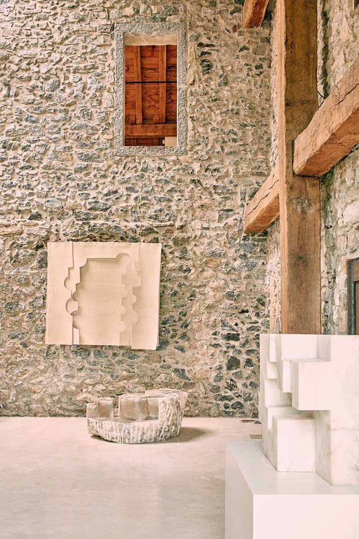 Installation view of 'Eduardo Chillida: Echoes' at Chillida Leku.