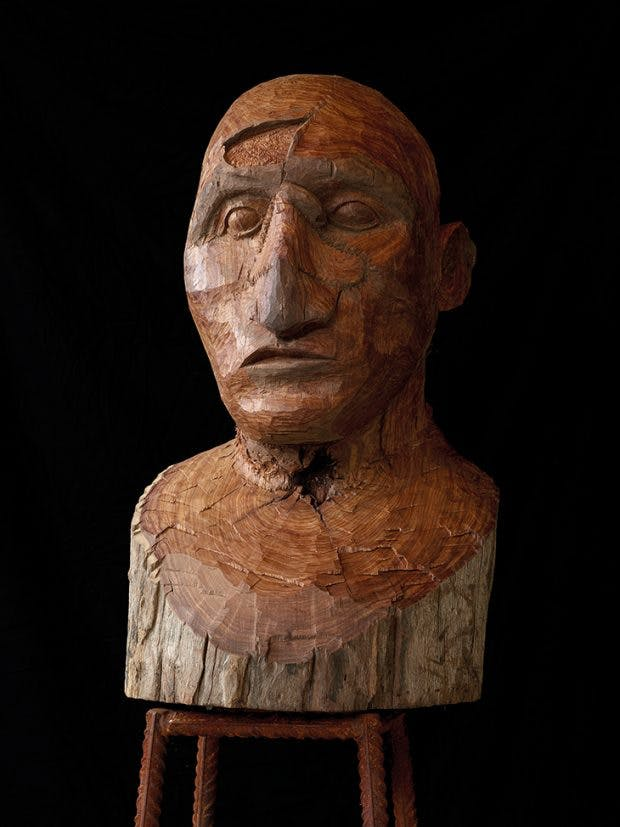 Installation view of a bust inspired by soldiers disfigured in war (gueules cassées) by Kader Attia, at the Middelheim Museum, Antwerp. Courtesy the artist and Galerie Nagel Draxler, Berlin; © Kader Attia