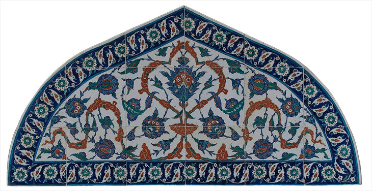 Tile panel in the form of a tympanum (c. 1573), Iznik, Turkey.