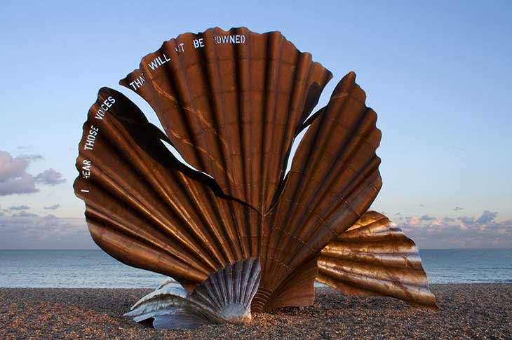 The Scallop (2003), Maggi Hambling. Installation view, Aldeburgh beach, Suffolk, 2005.