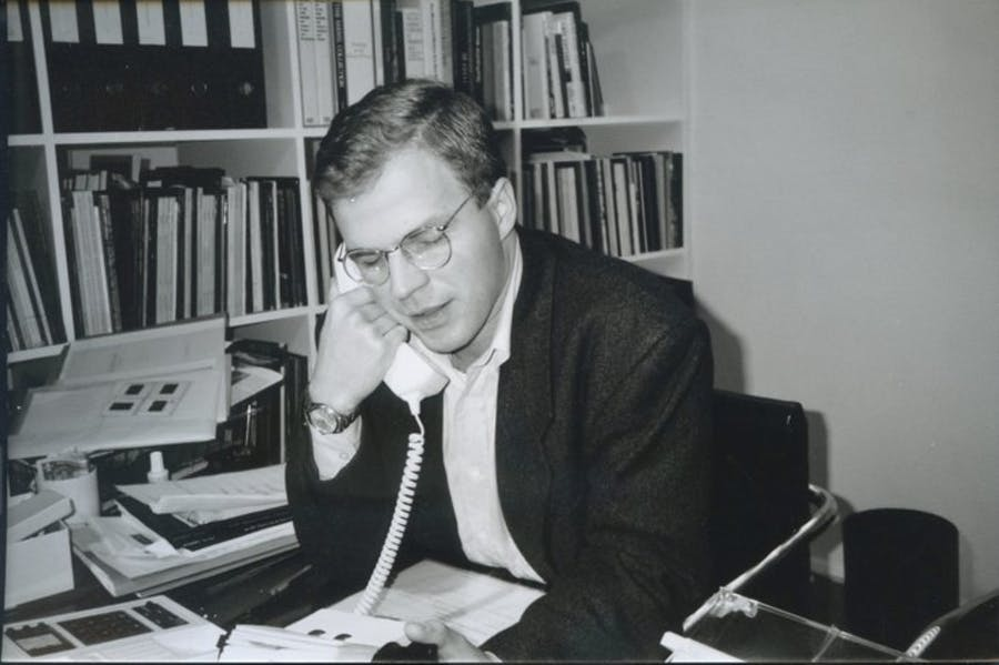 Karsten Schubert photographed by Helen Taylor, October 1990