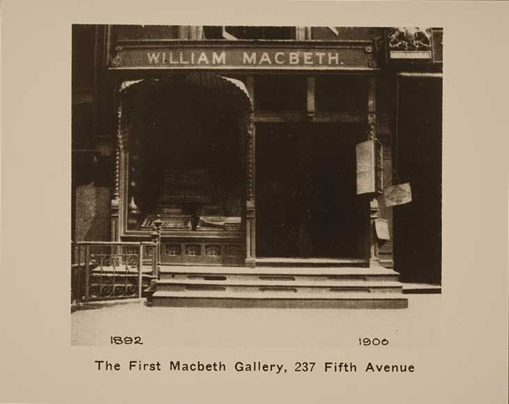 Macbeth Gallery at 237 5th Avenue, New York, c. 1896. Archives of American Art, Smithsonian Institution