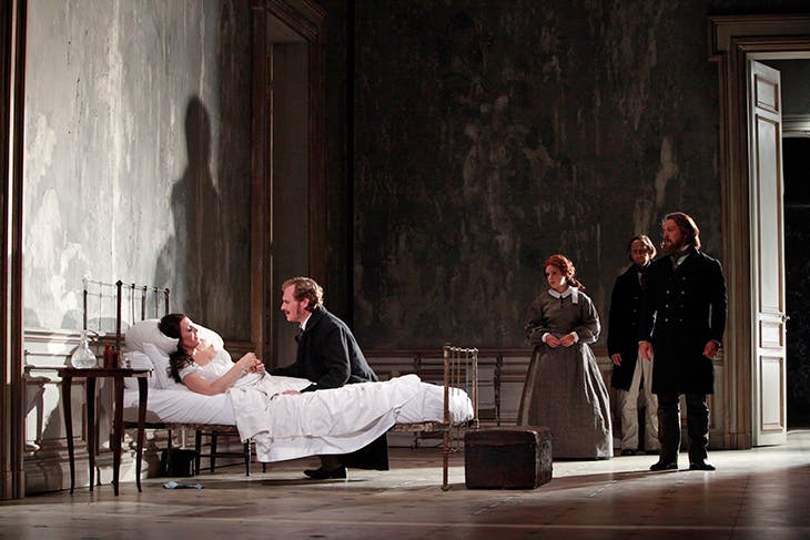 A scene from Jonathan Miller's La Traviata at Glimmerglass Opera in New York, 2009, with set design by Isabella Bywater. Photo: Richard Termine