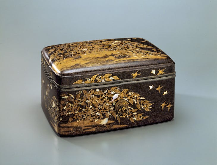 Cosmetic box with deer in autumn field (13th century), Shimane, Japan.