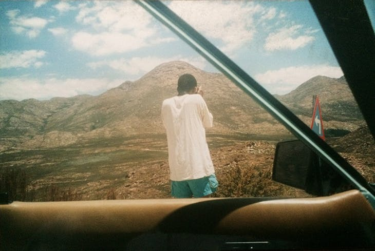 Santu Mofokeng photographing in Namibia in 1997. Photo: Sabine Vogel.