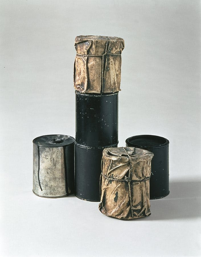 Wrapped Cans (1959–60), Christo.
