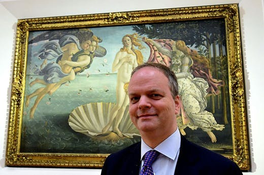 Uffizi director Eike Schmidt in front of Botticelli's Birth of Venus, at the reopening of the gallery's room dedicated to the artist in 2016. Photo: Alberto Pizzoli/AFP/Getty Images