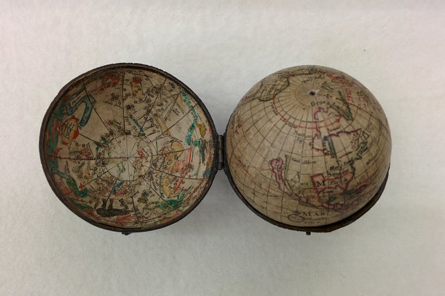'Pocket' terrestrial globe (1679), Joseph Moxon.