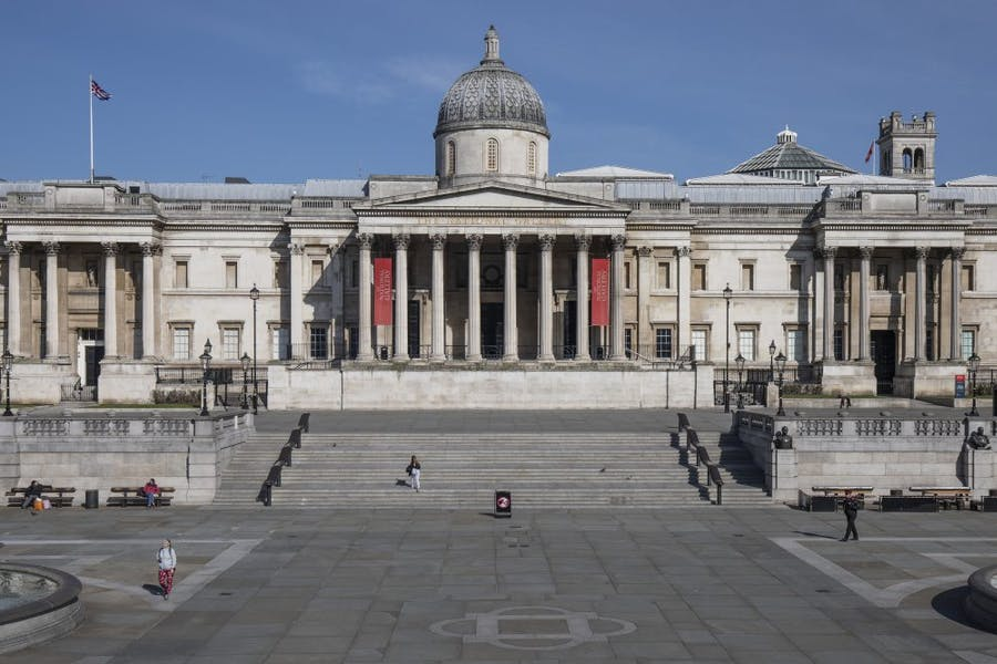 The National Gallery, closed and an empty Trafalgar Square on 24 March 2020. Photo by Dan Kitwood/Getty Images