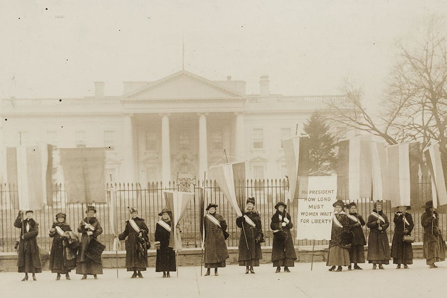 Suffragists on the picket line in front of the White House in 1917. National Woman's Party Records, Manuscript Division, Library of Congress