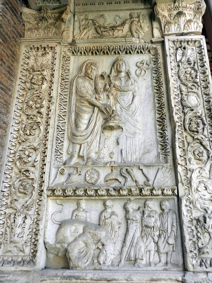 Severan relief on the Arch of the Argentarii, Rome, with the figure of Geta removed. Photo: Diletta Menghinello/Wikimedia Commons (CC BY-SA 4.0)