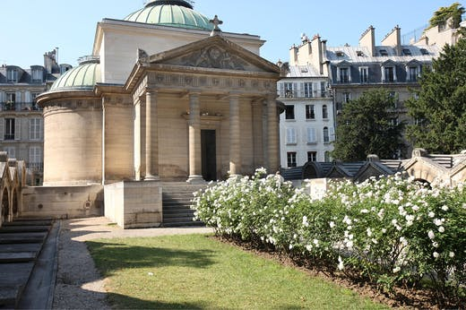 The Chapelle Expiatoire (chapel of atonement) in Paris. Photo: Gilles Target/Photo 12/Alamy Stock Photo