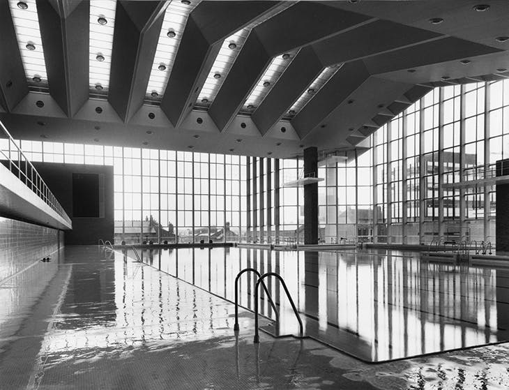 The central baths, Coventry, built by the city's Architect's Department in 1962–66 (photographed in 1966).