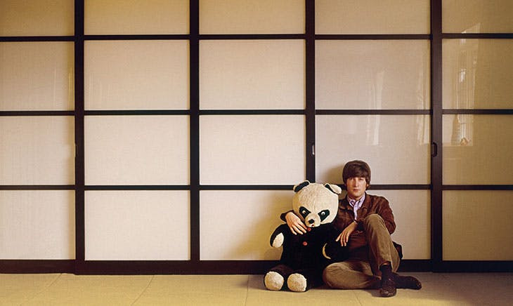 John Lennon photographed by Robert Freeman.