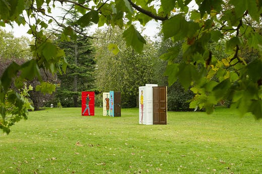 Five Conversations (2019), Lubaina Himid. Hollybush Gardens at Frieze Sculpture 2020.