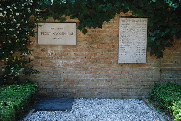 Peggy Guggenheim and her dogs' graves.