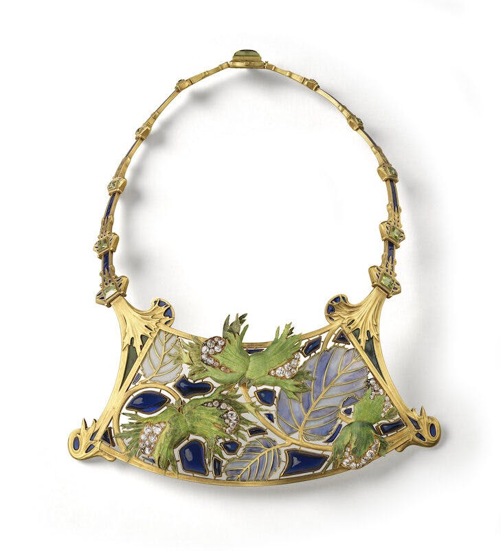 Hazelnut necklace (c. 1900), René Lalique.